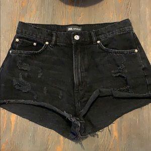Zara NWOT Black Denim Shorts